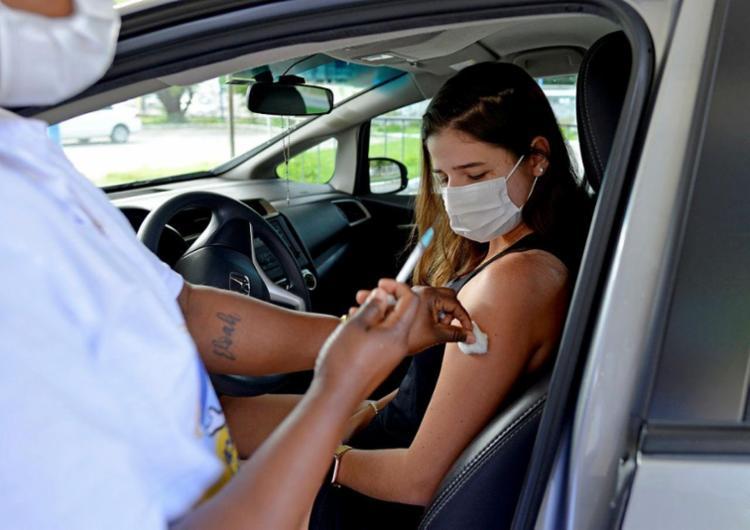 Vacinação para adolescentes com ou sem comorbidades está suspensa | Foto: Shirley Stolze | Ag. A TARDE - Foto: Shirley Stolze | Ag. A TARDE