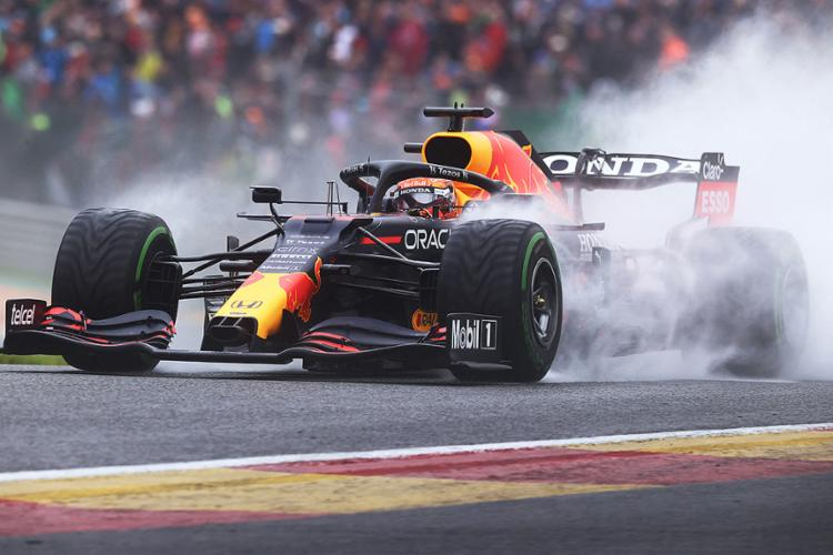 O piloto holandês foi o mais rápido neste sábado, 28, na Bélgica   Foto: Kenzo Tribouillard   AFP - Foto: Kenzo Tribouillard   AFP