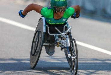 Aline Rocha conquista bronze entre cadeirantes na Maratona de Berlim |