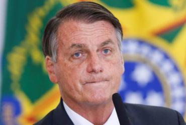 Bolsonaro diz que torce para Congresso derrubar veto a distribuição de absorventes |