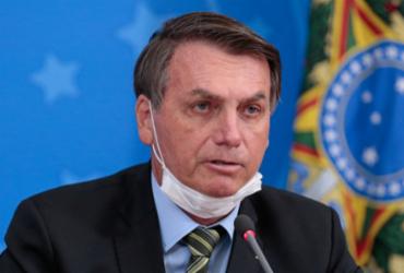 'Covid apenas encurtou vida de vítimas em alguns dias ou semanas', diz Bolsonaro em entrevista | Carolina Antunes I PR