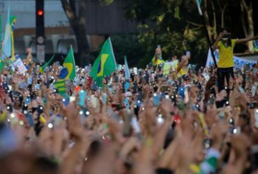Brasil foi maior polo de mutações do novo coronavírus no mundo, afirma estudo   Paulo Lopes   AFP