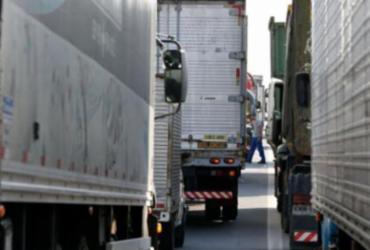 Bolsonaro sanciona lei que eleva tolerância no excesso de carga em caminhões | Agência Brasil | Ilustrativa