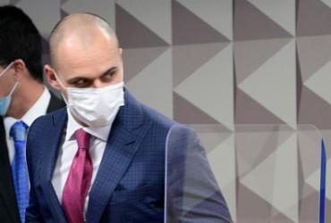 Diretor da Prevent Senior afirma que médicos manipularam dados de pacientes | Pedro França | Agência Senado