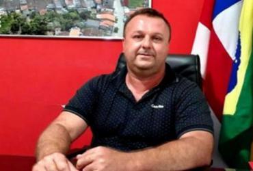 Prefeito de Dom Macedo Costa é punido pelo TCM após admissão irregular de pessoal