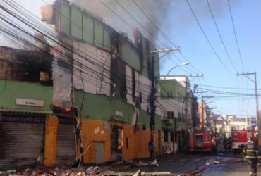 Loja de autopeças que pegou fogo em Salvador não tinha auto de vistoria dos bombeiros | Olga Leiria | Ag. A TARDE