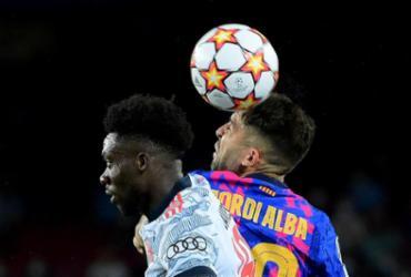 Pedri e Jordi Alba sofrem lesões musculares e desfalcam o Barcelona |