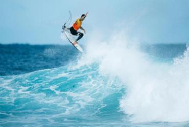 O surfista de Maresias se torou o primeiro brasileiro tricampeão mundial de surfe | Foto: Reprodução | WSL - Reprodução | WSL