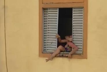 Mulher grávida tenta se jogar do 2º andar para fugir de agressão | Reprodução| Redes Sociais