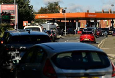 Governo britânico tenta acalmar a população ante escassez de combustível | Ben STANSALL / AFP
