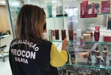 Salões de beleza são atuados durante operação do Procon em Salvador | Divulgação | Procon