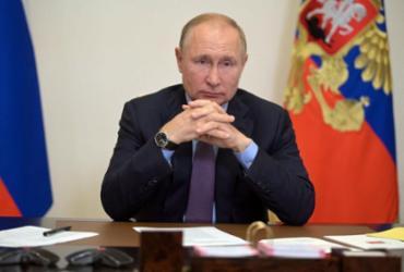 Putin se isola após casos de covid-19 em seu entorno |