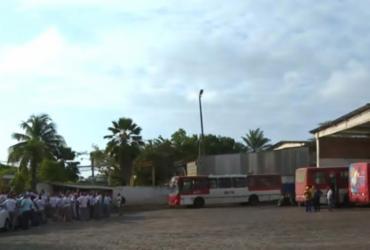 Rodoviários de Lauro de Freitas paralisam atividades e protestam contra atraso salarial