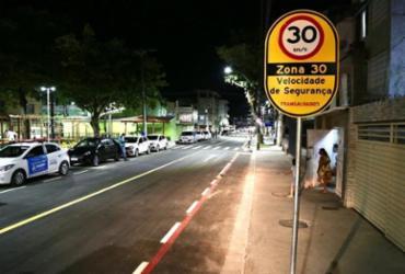 Requalificada, rua que liga praça Irmã Dulce à Colina Sagrada integra Zona 30