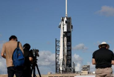 Foguete da SpaceX com tripulação toda de civis a bordo decola | Joe Raedle | Getty Images via AFP