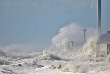 Chance de tsunami atingir o Brasil é ínfima, afirmam especialistas  