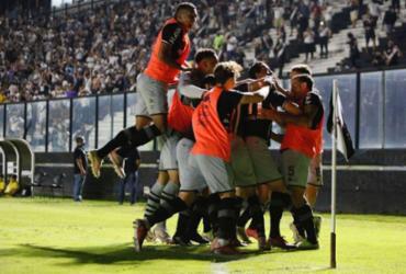 Vasco vence Goiás no reencontro com sua torcida |