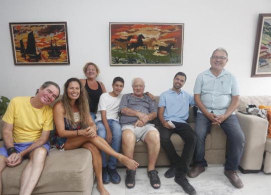 Arrefecimento da pandemia de Covid-19 abre espaço para os reencontros familiares | Olga Leiria / Ag. A TARDE