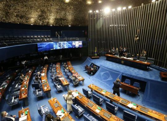 Coligações estão sepultadas e os políticos estão em pré-ebulição | Fabio Rodrigues Pozzebom | Agência Brasil