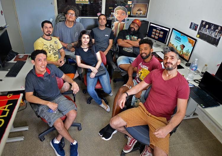 A Aoca Game Lab dobrou a equipe para atender a demanda | Foto: Shirley Stolze | Ag. A TARDE