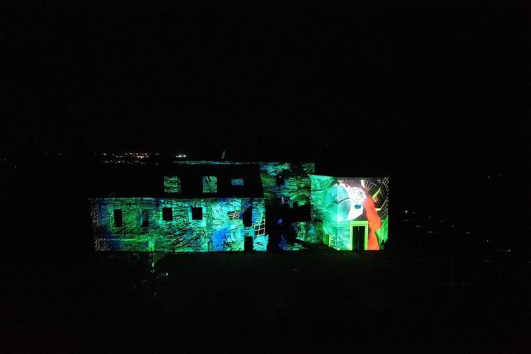 Videomapping para as visitas noturnas | Foto: Agxfilmes | Divulgação