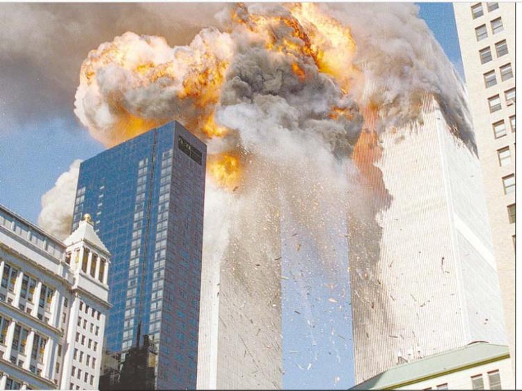 Em 12 de setembro de 2001 A TARDE trouxe ampla cobertura sobre atentados ocorridos em Nova Iorque. Foto: Reprodução Cedoc A TARDE. - Foto: Reprodução Cedoc A TARDE