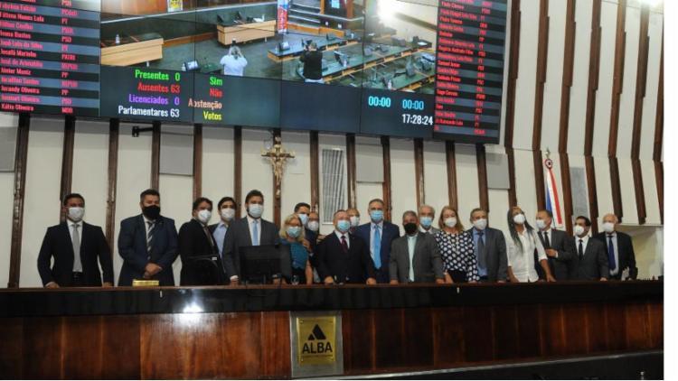 A Assembleia Legislativa, em sessão extraordinária mista (presencial e virtual), referendou o nome do secretário estadual de Desenvolvimento Urbano como conselheiro do TCM   Foto: PauloMocofaya   Agência   AL-BA - Foto: PauloMocofaya   Agência   AL-BA