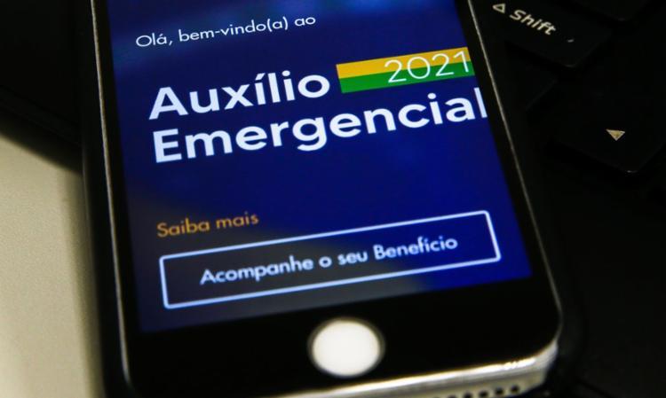 Dinheiro também pode ser transferido para conta corrente   Foto: Marcello Casal Jr   Agência Brasil - Foto: Marcello Casal Jr   Agência Brasil