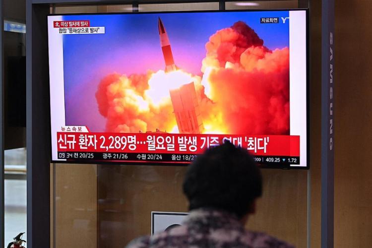 O lançamento é o episódio mais recente de una série de mensagens cruzadas entre as duas Coreias | Foto: Jung Yeon-je | AFP - Foto: Jung Yeon-je | AFP