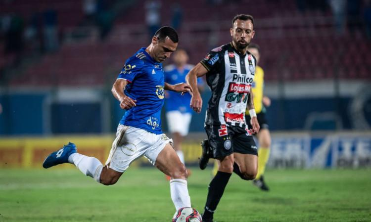 Mineiros param em defesas de Simão e saem na bronca com arbitragem | Foto: Bruno Haddad | Cruzeiro - Foto: Bruno Haddad | Cruzeiro