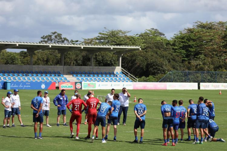 Antes da bola rolar no CT, Dabove se reuniu com o grupo para uma conversa   Foto: Felipe Oliveira   EC Bahia - Foto: Felipe Oliveira   EC Bahia