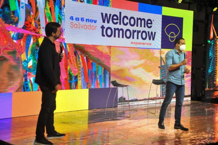 O fundador do Welcome Tomorrow, Flávio Tavares, e o prefeito de Salvador,Bruno Reis, falaram sobre a relevância do evento para Salvador | Foto: Felipe Iruatã | Ag. A TARDE