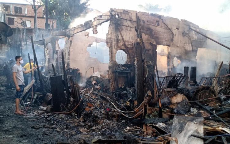 O local ficou completamente destruído   Foto: Reprodução   Redes Sociais - Foto: Reprodução   Redes Sociais