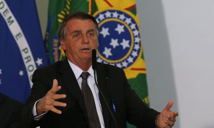 Bolsonaro assinou nesta segunda-feira, 6, véspera dos atos de 7 de setembro, uma medida provisória que endurece as regras para a remoção de conteúdo - Foto: Agência Brasil | Divulgação