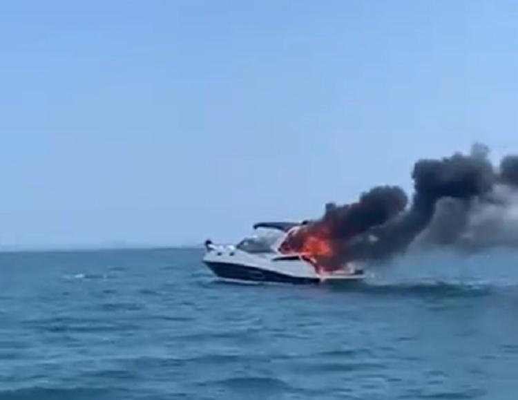 Equipe de Busca e Salvamento (SAR) da Capitania dos Portos da Bahia (CPBA) também foi enviada ao local para prestar socorro às vítimas. - Foto: Reprodução