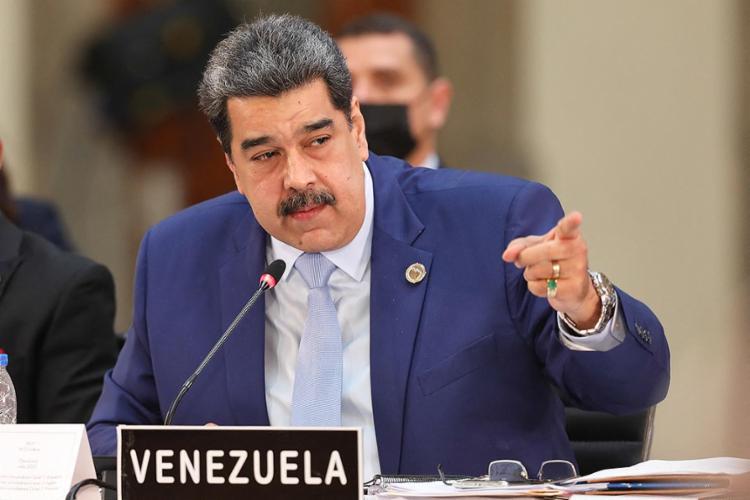 As farpas durante a reunião começaram quando o presidente do Paraguai, Mario Benítez, insistiu em não reconhecer como seu par Nicolás Maduro, sentado a poucos metros | Foto: Venezuelan Presidency | AFP - Foto: Venezuelan Presidency | AFP