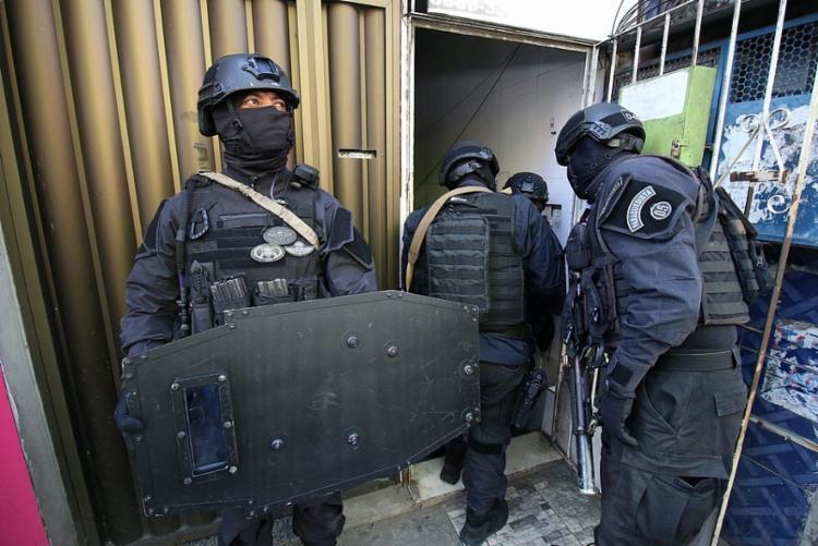 Policiais do Bope negociam rendição   Ascom   SSP-BA - Foto: Ascom   SSP-BA