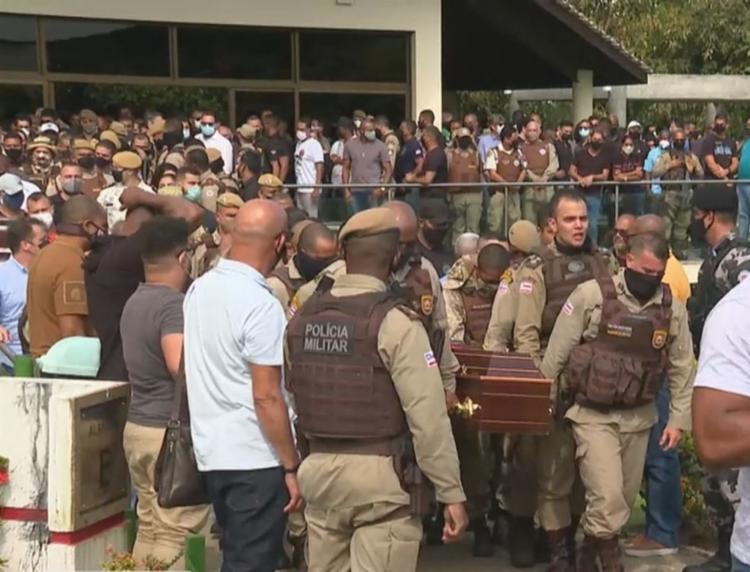 O PM foi morto a tiros na noite do último domingo, em Cosme de Farias | Foto: Reprodução - Foto: Reprodução