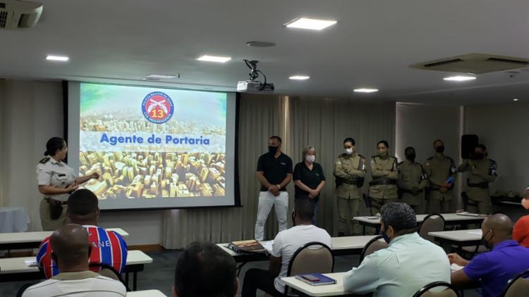 Treinamento foi voltado para as atividades profissionais de portaria, síndicos, administradores e encarregados | Foto: Divulgação | PM - Foto: Divulgação | PM