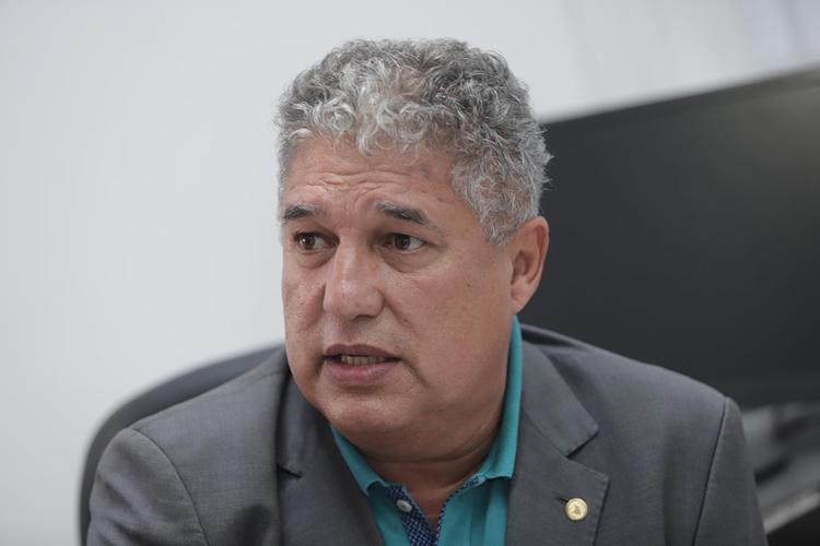 Deputado Rosemberg Pinto (PT), líder do governo na Assembleia Legislativa da Bahia | Foto: Uendel Galter | Ag. A TARDE | 10.01.2020 - Foto: Uendel Galter | Ag. A TARDE | 10.01.2020