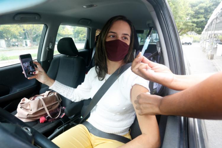 Capital baiana suspendeu a imunização dos adolescentes | Foto: Olga Leiria | Ag. A TARDE - Foto: Olga Leiria | Ag. A TARDE