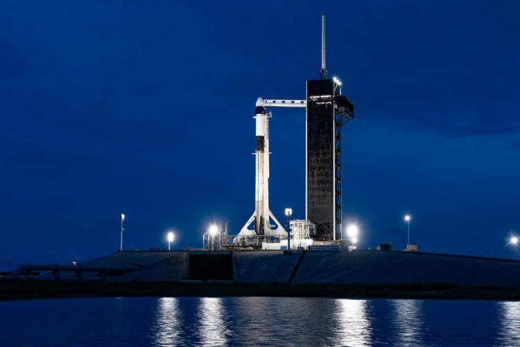 Quatro norte-americanos passarão três dias na órbita da terra | Foto: SPACEX | AFP - Foto: SPACEX | AFP
