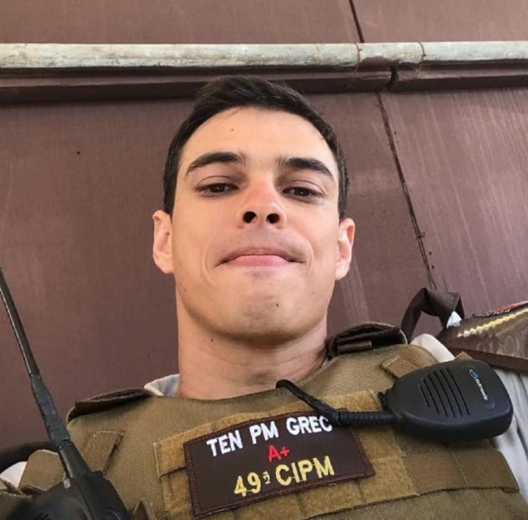 O tenente da Rondesp Mateus Grec, 35, foi morto por bandidos no último do - Foto: Reprodução