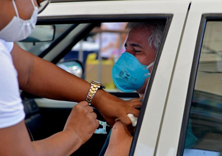 Capital baiana tem 1 milhão de imunizados | Foto: Shirley Stolze | Ag. A TARDE - Foto: Shirley Stolze | Ag. A TARDE