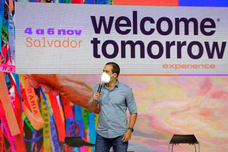 Prefeito de Salvador, Bruno Reis, comemorou a realização do evento na capital baiana e destacou as inovações em tecnologia implantadas na cidade | Foto: Felipe Iruatã | Ag. A TARDE - Foto: Felipe Iruatã | Ag. A TARDE