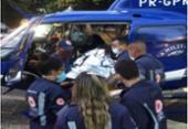 Vítimas de ataque com facão em Itaparica são socorridas pelo Samu de Salvador | Foto: Divulgação/GRAER
