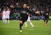 PSG vence Angers com gol de pênalti de Mbappé | Foto: