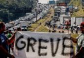 Caminhoneiros ameaçam parar se Bolsonaro não atendê-los | Miguel Schincariol | AFP