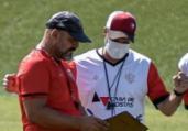Lopes trabalha posicionamento e movimentação na Toca | Pietro Carpi | EC Vitória