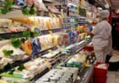 Confiança do consumidor volta a subir após dois meses   Tânia Rêgo   Agência Brasil